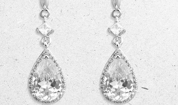 Anzu Drop Earrings (6 Days Rental)