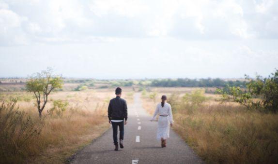 Sumba Destination Prewedding by Écru Pictures