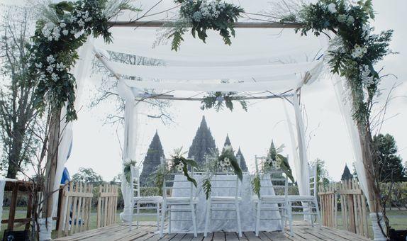 Prambanan Wedding