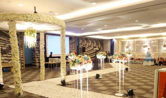 PAKET INTIMATE WEDDING 100 PAX - HOTEL IBIS HARMONI