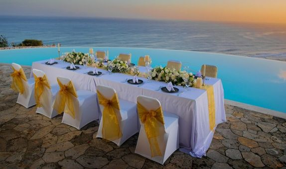 Stunning Sunset Dining
