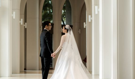 Satoe • Wedding + Engagement Photo & Video
