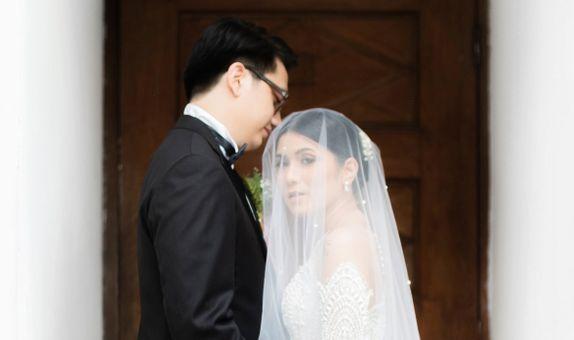 Intimate Wedding Photo & Video