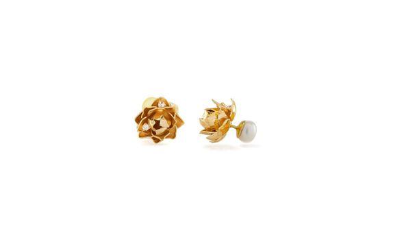 Lotus Blooms with Pearl Subeng Gold Dip