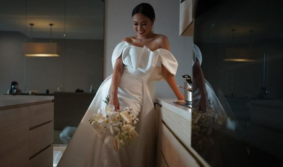 Custom rent wedding gown - PLAIN 1 look for Matrimony