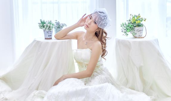White Prewedding Gown (Ready to Rent)