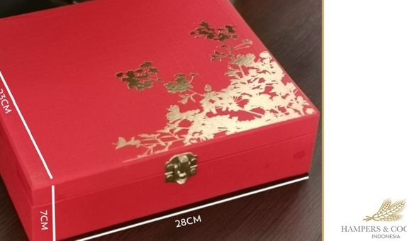 Red Box Golden Tree