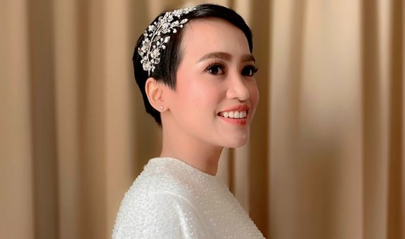 ASTRID Silver Hairpiece