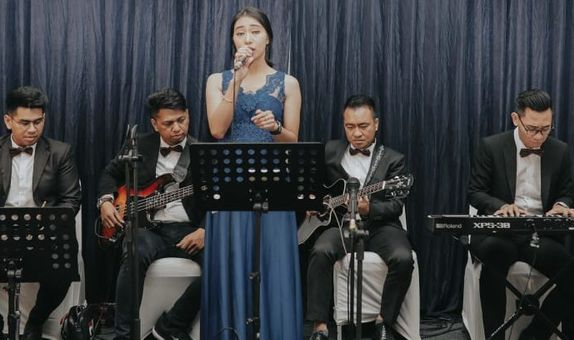 Full Band by Jingle Entertainment