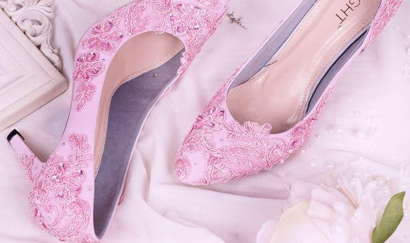 Sepatu Wedding Pointed Brukat Pink