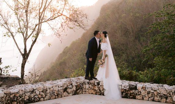 8 Hours Bali Wedding Photo & Video Package