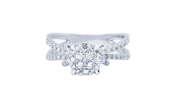 RIBBON DIAMOND RING