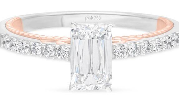 Passion Jewelry - DIAMOND LADIES RING ASHOKA CWF2148