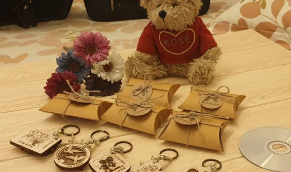 Wedding Favors Personalized Laser Engraved Keychain made of Wood