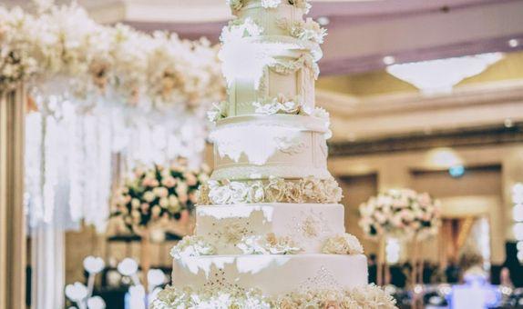 9 Tiers Wedding Cake