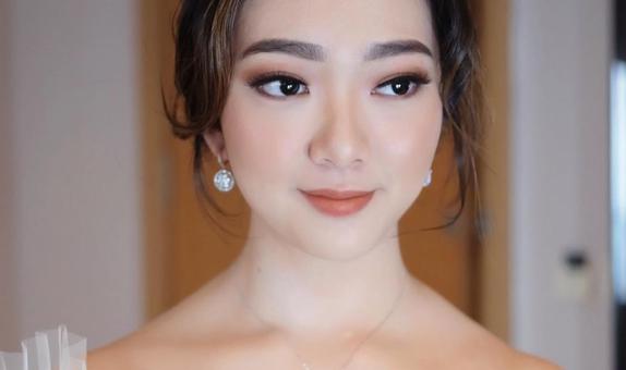 Gabriela Giov - Paket Makeup Pernikahan