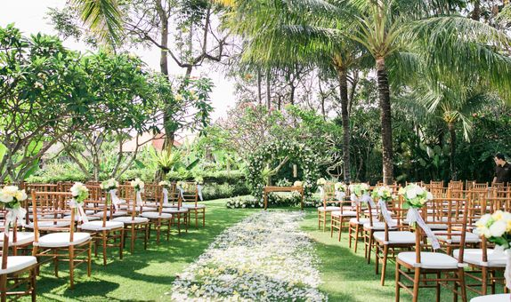 Hidden Secret Garden Wedding Package 50 pax