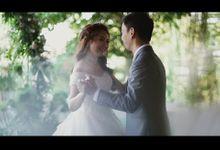 Hendra & Yola - Intimate Wedding Film by Blu Motion Art