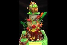 Rotating Cakes by Cake Et Cetera