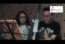 Hanny N Co feat Dira Sugandi & Lea Simanjuntak by Hanny N Co Orchestra