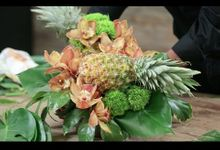 DIY Pineapple Arrangement by Eddie Zaratsian Lifestyle and Design