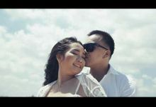 Billy & Vidia 1 Minute Invitation Video by: Gofotovideo by GoFotoVideo