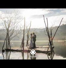 Ferry Jovie Pre-Wedding Highlights by Ducosky
