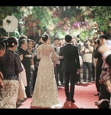 Surya & Poppie Wedding by Ellelui