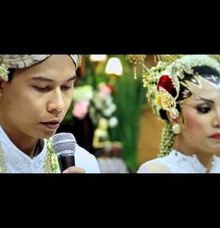 Ayu & Rhendo by BANYUBENING PHOTOGRAPHY