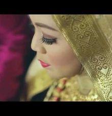 Hanny & Indra - Malam Bainai Ceremony by Poetrait Media