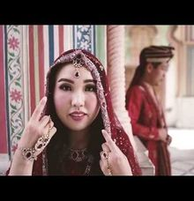 Mono & Susan - India Prewedding by Huemince
