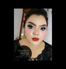 Make Up Wedding Trial by Pangestwury MakeOver