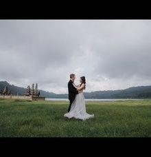 Video Prewedding of Drew & Anne at Danau Tamblingan Bali by GoFotoVideo