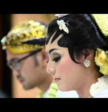 Astrid And Afyon Akad Trailer by Kayumanis Photography
