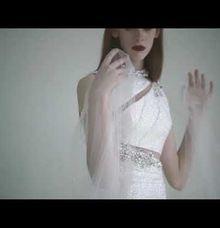new collection by Vivi Valencia