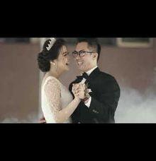 Kris & Vonny - Wedding Entrance by Huemince