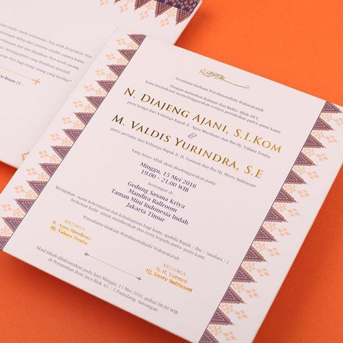Ajeng Valdiss Wedding Invitation by Hiraloka Bridestorycom
