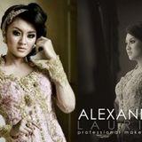 Alexandra Laurine Make Up