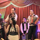 Dusie & FRIENDS Acoustic Band