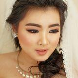 Archa makeup artist