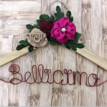 Béllicimo Personalized Hanger & Favors