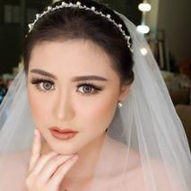 Febe Makeup