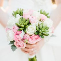 Brizzy Bridal Bouquets