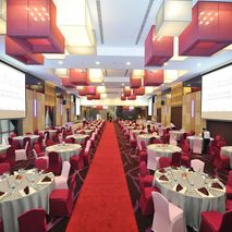 Emerald Avenue Ballroom - Modern & Ellegance