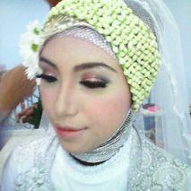 Oktalista Putri Makeup & Hijab