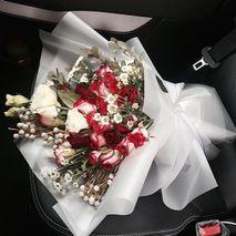 La Belle Vie flower