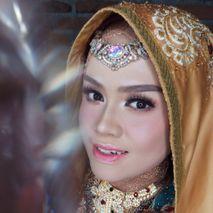 husna_makeup
