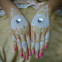 Hennarts (Henna By Dewi)