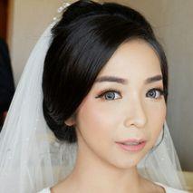 CHERIS'H makeup artist