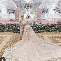 Didadeux Wedding House